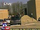 В Мемфисе в школьном кафе ученик открыл стрельбу из пистолета
