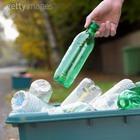 Пластиковые бутылки опасны
