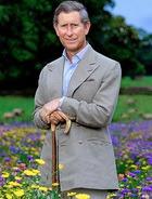 Принцу Чарльзу удалили с лица опухоль