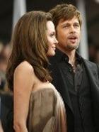 Куда тратят деньги Анджелина Джоли и Брэд Питт