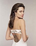Анджелина Джоли: примирение с отцом
