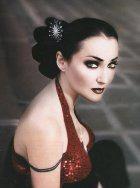 Лолита - лицо модельного дома Вивьен Вествуд