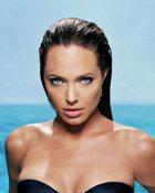 Вместо Тома Круза в шпионском боевике снимется… Анджелина Джоли