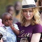 Удочерение крошки из Малави: Мадонна победила!