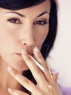 Женщине курить – сердцу вредить