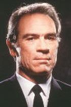 Томми Ли Джонс подал в суд на Paramount Pictures за обман