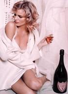 Шампанское Dom Pérignon нынче представила Ева Герцигова