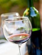 Красное вино спасёт от радиации