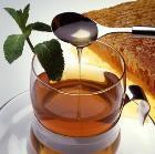 От чая с мёдом и лимоном растёт грудь!