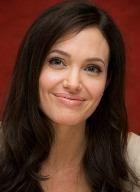 Анджелина Джоли не смотрит фильмы с собственным участием