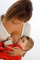 Грудное вскармливание против астмы, экземы, аллергии и насморка