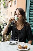 Как кофе влияет на размер женской груди