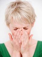 Сдерживать в себе слёзы вредно для здоровья