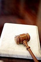Суд разрешил больной девочке умереть
