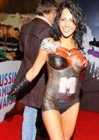 На церемонию «MTV RMA» стало принято ходить обнажёнными?