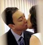 Страстный поцелуй таит в себе опасность