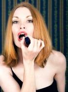 Первый враг женщины – губная помада?