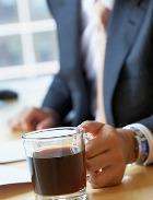 Мужчины острее женщин ощущают на себе эффект от воздействия кофе