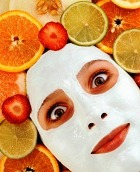 Антивозрастная маска из клубники