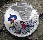 В России выпустили цветную серебряную монету с Незнайкой