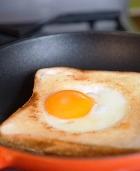 Яичница на завтрак: плохо или хорошо?