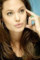 Литературные предпочтения Анджелины Джоли