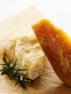 Избавиться от бессонницы поможет сыр?
