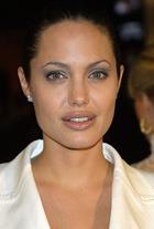 Анджелина Джоли переедет в Португалию?