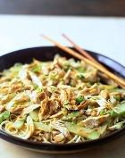 Блюдо из курицы, укушенной ядовитой змеёй, полезно для здоровья