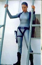 Меган Фокс не заменит Анджелину Джоли в роли Лары Крофт