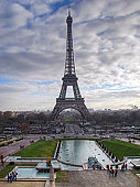 Как дешево отдохнуть в дорогом Париже