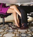 Офисные служащие больше не занимаются сексом на работе?