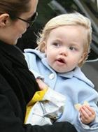 Трехлетняя дочь Питта и Джоли пошла учиться на актрису