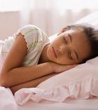 Для сна детям необходима темнота