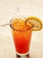 Лимон усиливает полезные свойства зелёного чая