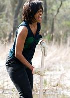 Мишель Обама научит детей огородничать