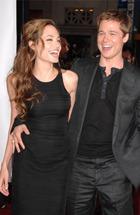 Джоли будет усыновлять детей без Питта