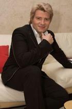 Россияне назвали лучших певцов и актеров 2009 года