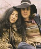 Йоко Оно напишет мемуары о жизни с Джоном Ленноном
