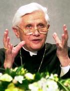 В Интернет-паутину попал Папа Римский Бенедикт XVI
