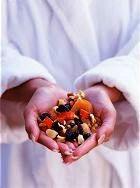 Сухофрукты могут быть опасны для здоровья