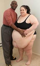 Женщина весом 273 кг продолжит толстеть ради мужа