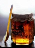 Лепим фигуру при помощи мёда