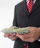 Хотите избавиться от боли? Посчитайте деньги!