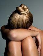 Одиночество отбирает у женщин молодость и красоту