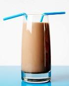 Коктейль из молока: пить вредно!