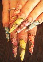 Искусственные ногти: польза или вред?