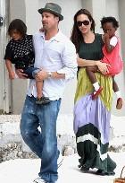 Во что обходится Джоли и Питту содержание детей?