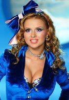 Анюта Семенович хочет уменьшить грудь