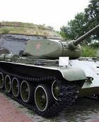 Зачем Брэду Питту советский танк?